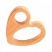Jucarie in forma de inimioara, lucrata manual din lemn