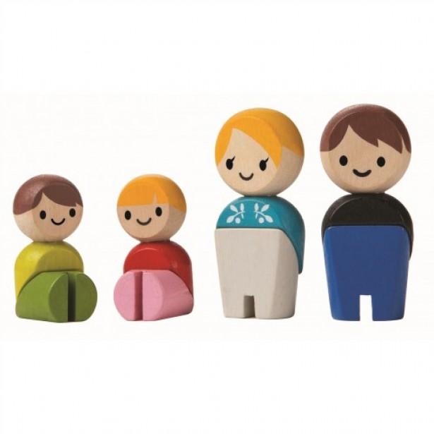 Familia de papusi - set de figurine din lemn